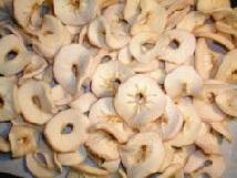 Сушёные яблоки.