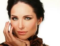 Красивая, ухоженная женщина
