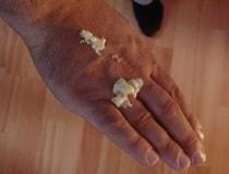 Как удалить монтажную пену с одежду, с рук и прочих поверхностей?