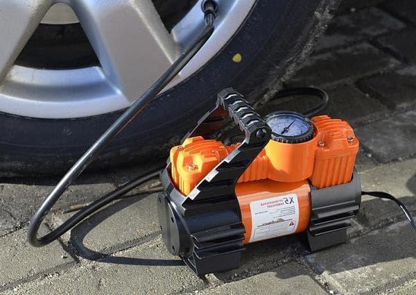 Подкачка шин автомобильным компрессором