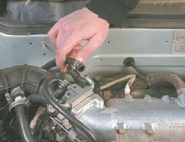 Удаляем воздушную пробку из системы охлаждения двигателя
