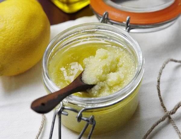 Солевой скраб с добавлением лимонного сока