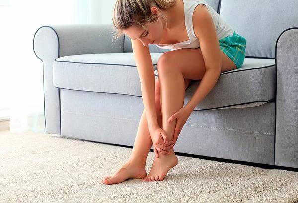 Гудят ноги после работы