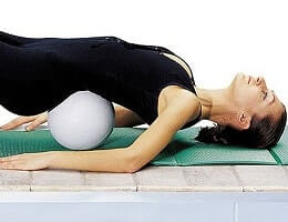 Как лечить остеохондроз в домашних условиях?