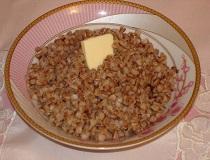 Гречневая каша с маслом
