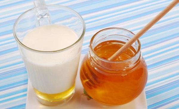 Тёплое молоко для хорошего сна