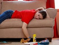 Чистим мягкую мебель в домашних условиях
