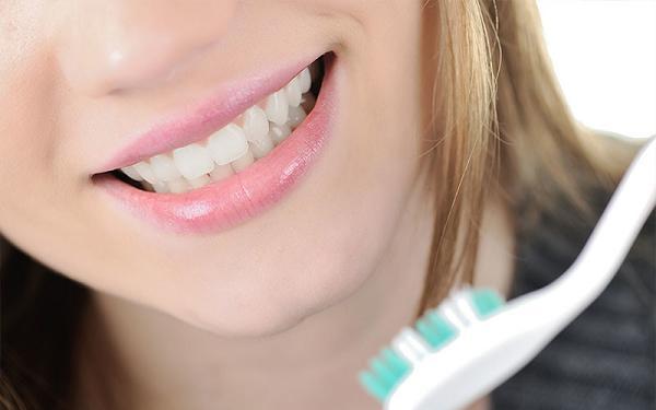 Что нужно знать при отбеливании зубов?