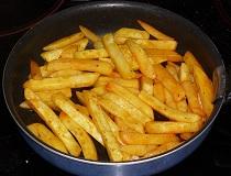 Как пожарить картошку на сковороде?