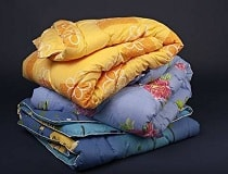 Как стирать одеяло и можно ли это делать в стиральной машине?
