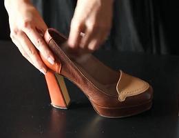Как смягчить обувь в домашних условиях?