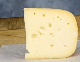 Как хранить сыр в холодильнике в домашних условиях?