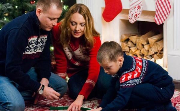 Семейные новогодние игры