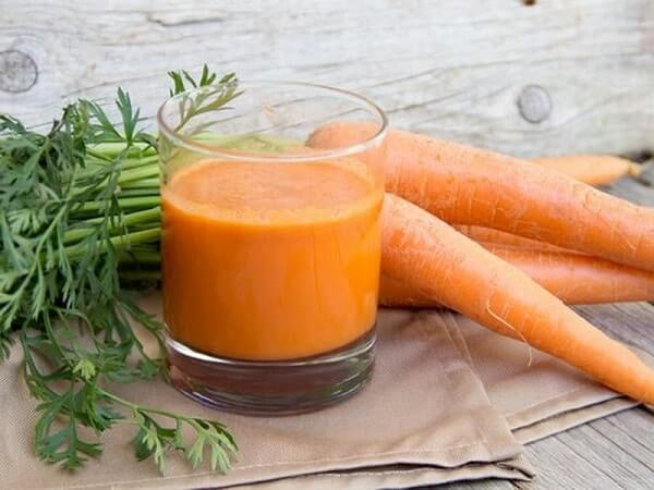 Морковный сок при болях в желудке