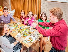 Новогодние игры, конкурсы и развлечения для всей семьи