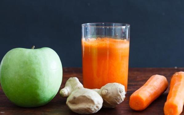 Сок из имбиря моркови и яблок