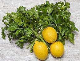 Петрушка с лимоном от цистита