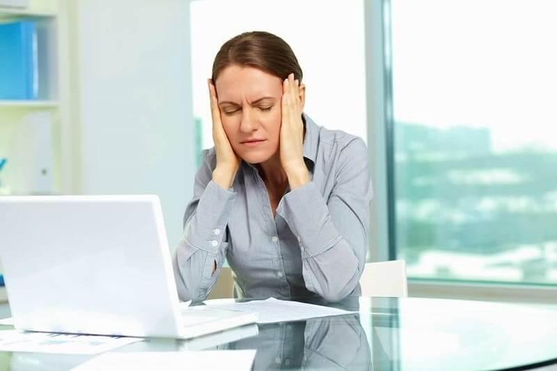 Болит голова на работе