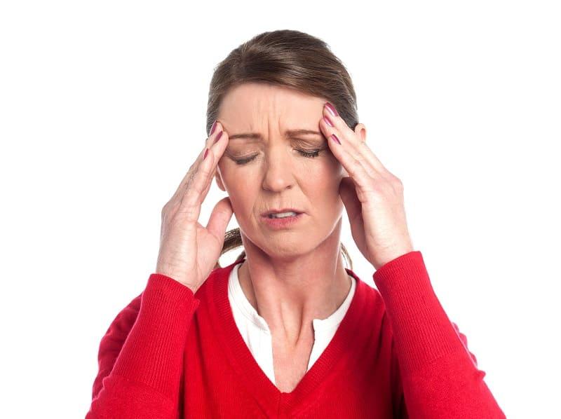 Как приготовить домашний бальзам от головной боли?
