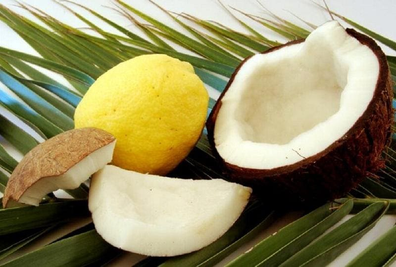 Кокосовое масло и лимонный сок для волос