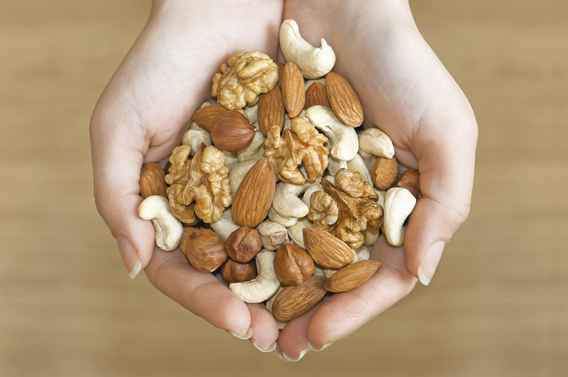 Орехи при гипертонии. Польза
