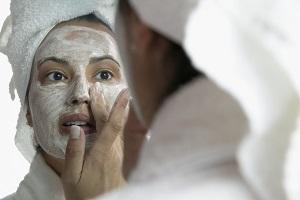 Как быстро подтянуть кожу лица?