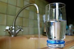 Как очистить воду от хлора?