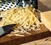 Как натереть сыр на тёрке?