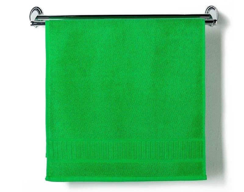 Как увлажнить воздух в комнате с помощью махрового полотенца?