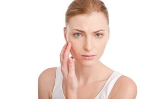 Привычки, которые вредят коже лица