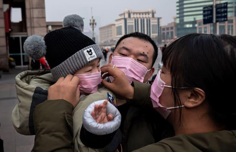 Поможет ли медицинская маска не заболеть короновирусом?