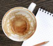 Налет после чая на чашке