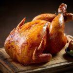 Сочная курица, запечённая целиком в духовке