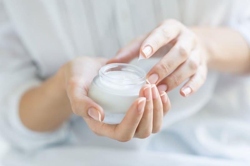 Омолаживающий крем для кожи. Рецепт от Марлен Дитрих