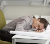 Нужен ли дневной сон взрослому человеку?