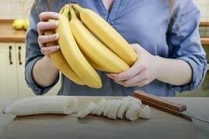 Как хранить бананы, чтобы они не почернели?