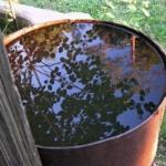 Вода в ржавой бочке