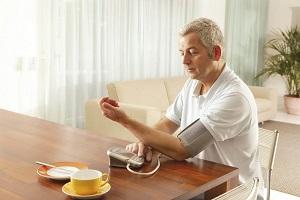 Измерение артериального давления утром