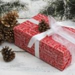 Как упаковать подарок на Новый год?