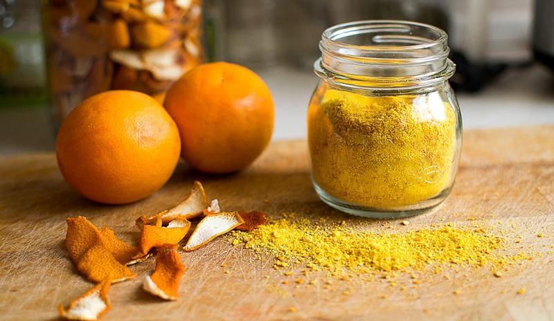 Сушёная цедра апельсинов в банке