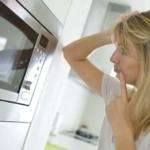 Чем почистить микроволновку?