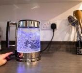 Стеклянный электрический чайник